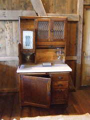 What the Amish Can Teach You About Bathroom Vanities