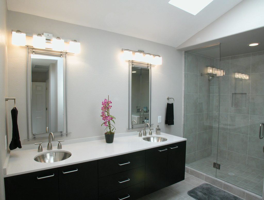 Download Bathroom Lighting Design Ideas Chrome Bath Light: Smart Bathroom Lighting Tips
