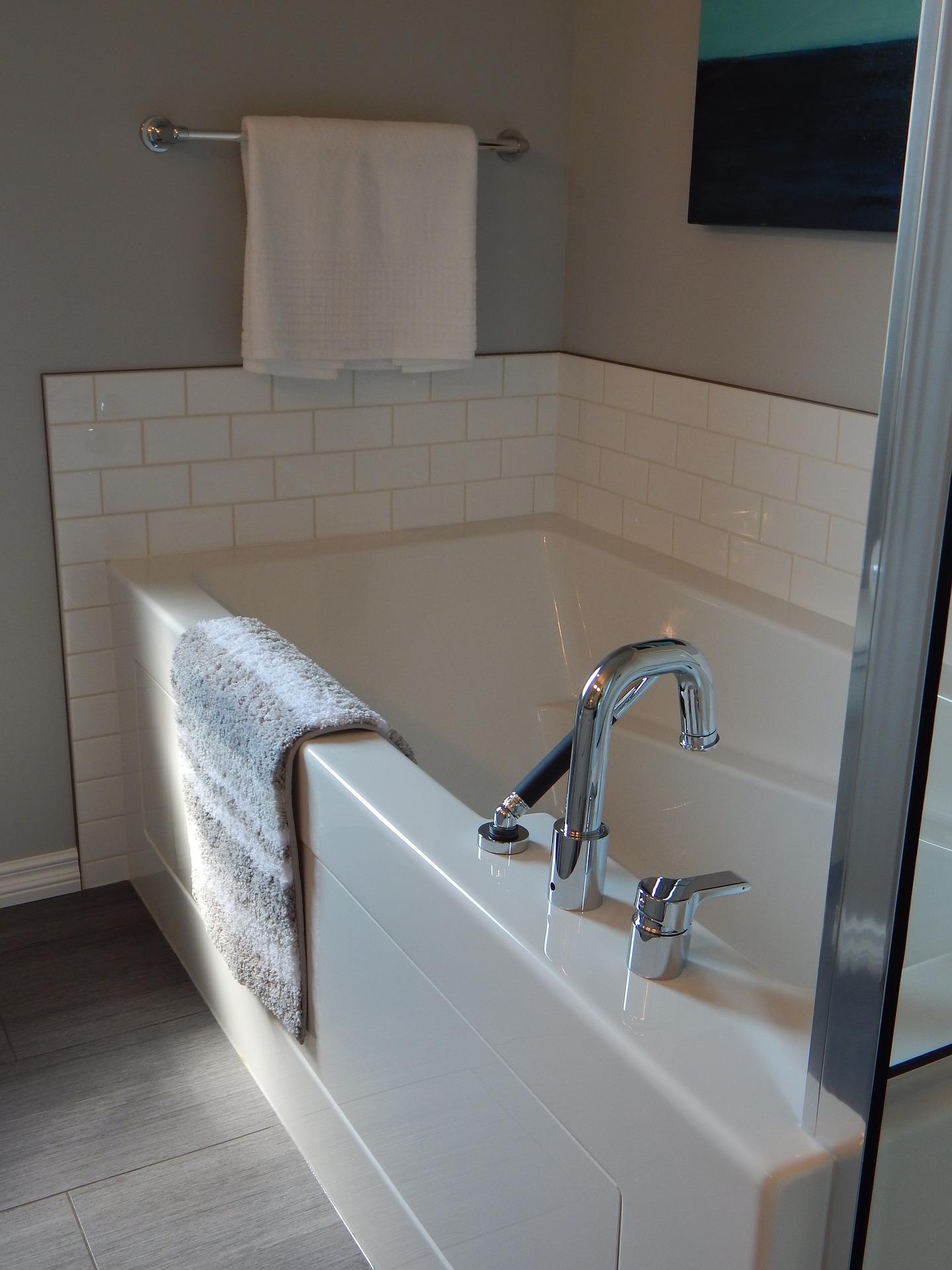 bathtub buying guide alcove style bathtub installation