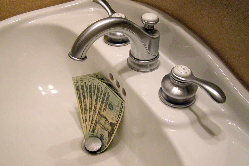 You can develop eco friendly bathroom habits and save money doing it