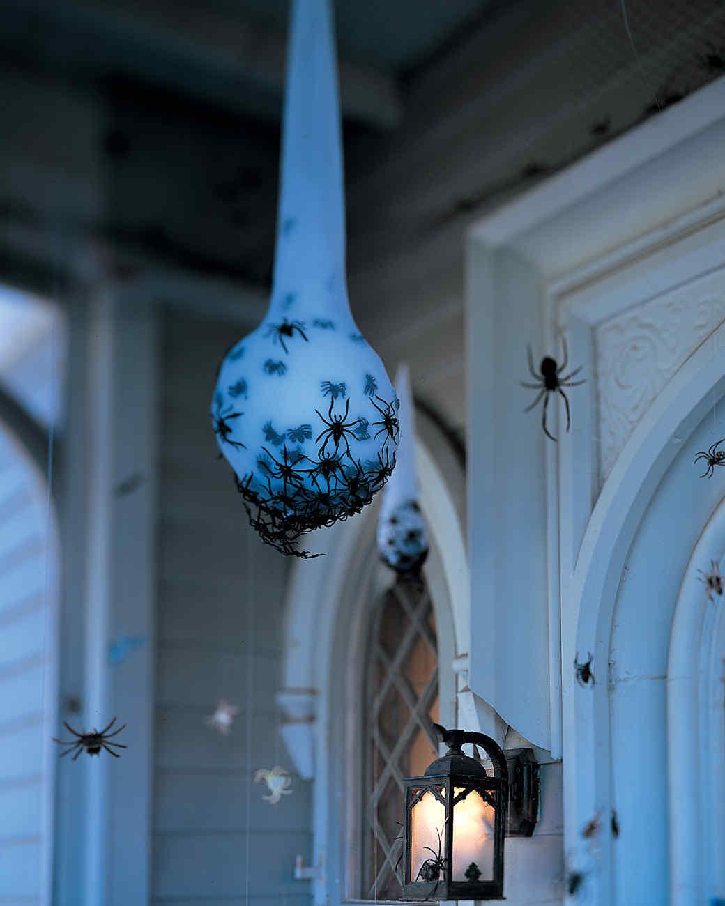 DIY Halloween Spider Egg Sac